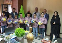 تقدیر شهردار و شورای اسلامی شهر لار از دانش آموزان دبستان غیر انتفاعی خرد